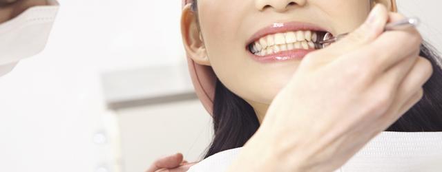前歯のスピード矯正(ラミネートベニア)